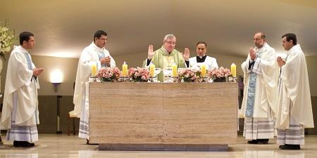 Fr. Juan José Paniagua, Fr. Juan Carlos Rivva, Mons. Eguren, Fr. Juan Mendoza y Fr. Enrique Granados